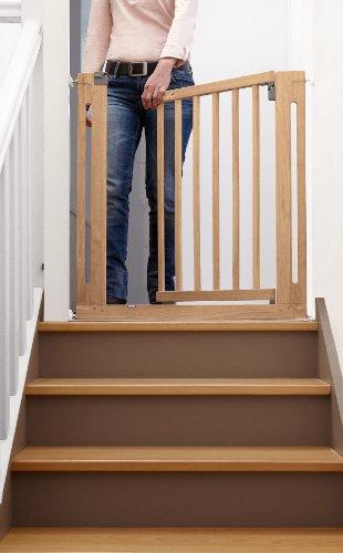 Safety 1st Easy Close Wood Treppenschutzgitter, mit Schwung schließbar, Türschutzgitter zum Klemmen, holz, bis 112 cm verlängerbar -